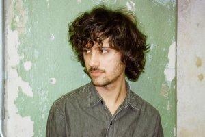 Lan�amento Skol Music: Serge Erege estreia o EP �Blossom Blooming Veils�